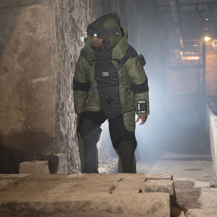 EOD-10 Bomb Suit and Helmet Ensemble