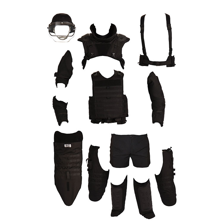 TAC-6 Suit for Tactical and Bomb Disposal Operations