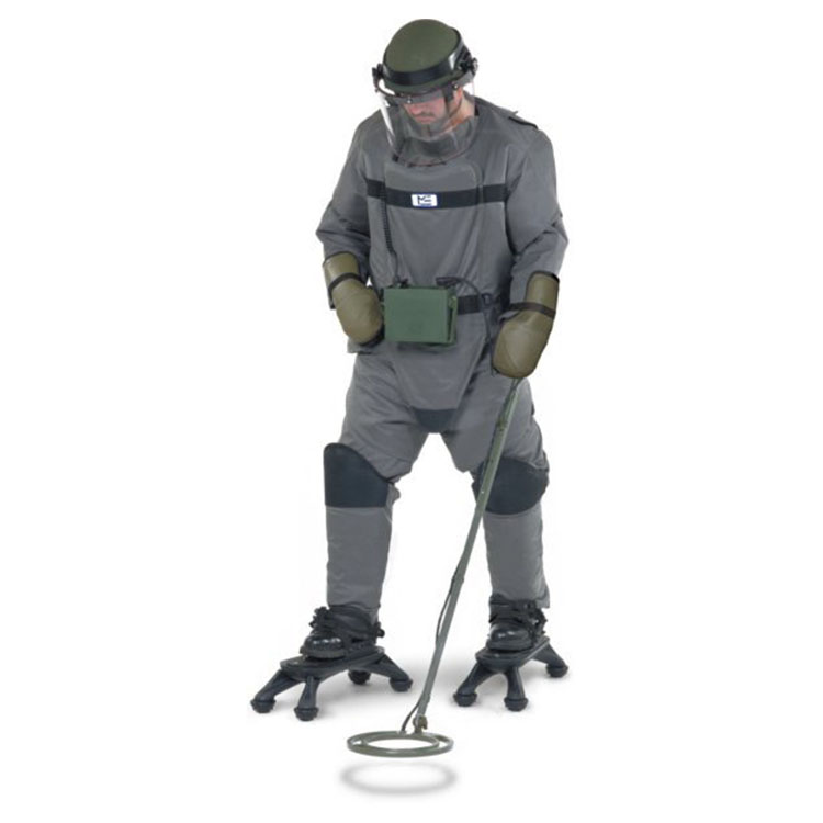 LDE and LDH Mine Clearance Suit and Helmet