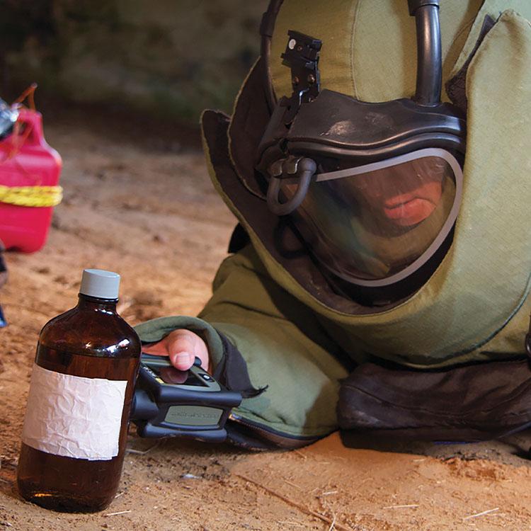 Identificateur de produits chimiques ACE-ID