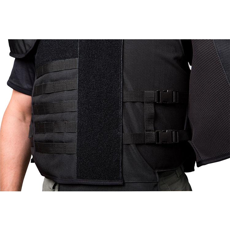 Tenue de protection anti-émeute