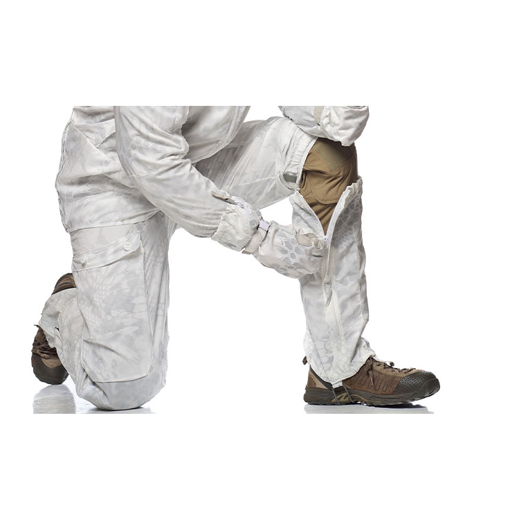Overwhite camouflage oversuit - Gaiters