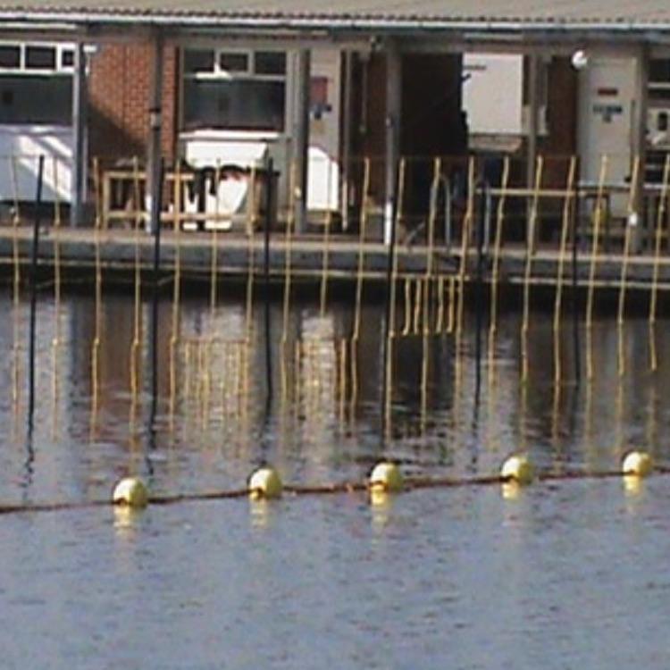Barrage de protection aquatique : VA - Fence
